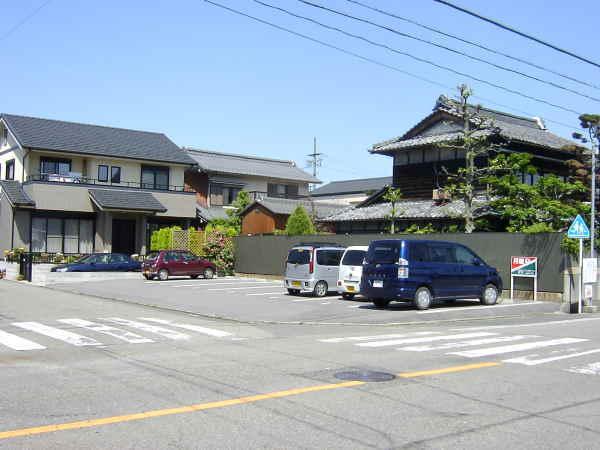 桜 第1 駐車場( 7台 )  縦列駐車可!