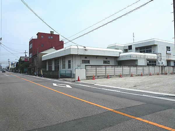 音羽 第6 駐車場( 16台 )   一宮駅まで徒歩12分♪