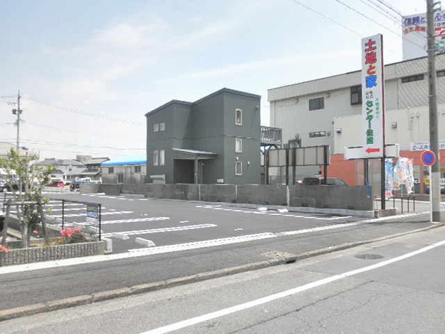 富士 第1 駐車場( 13台 )   R22号バイパス近く