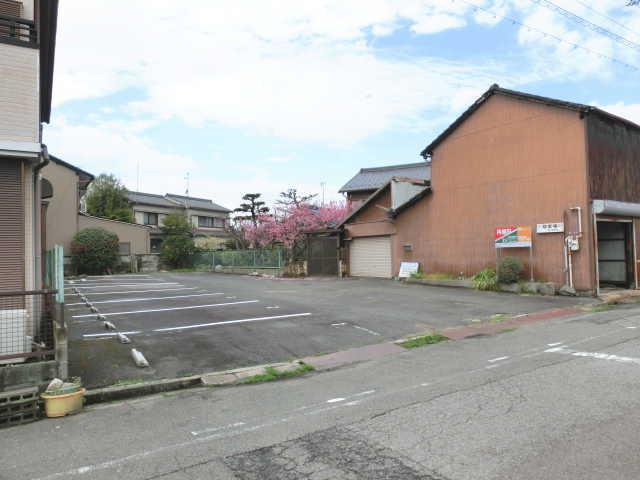 真清田 第11 駐車場( 7台 )