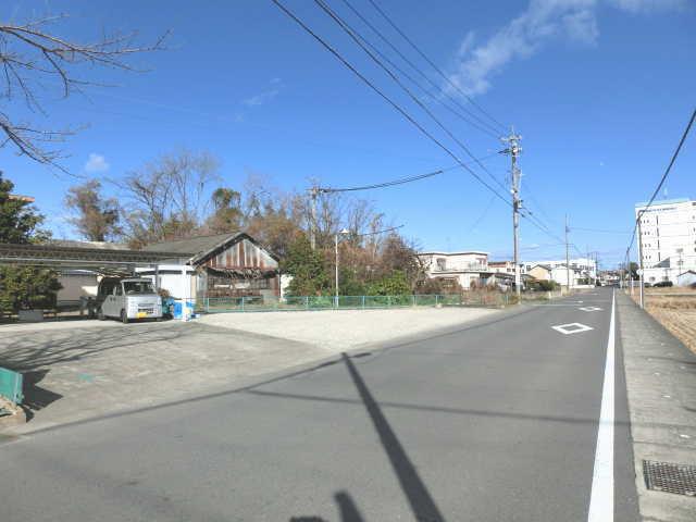 浅井町尾関 第1 駐車場( 2台 )   ☆☆☆  トラック駐車場  ☆☆☆